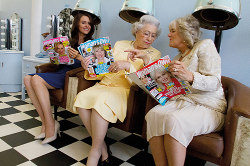 004_Queen, Camilla, Kate, Hair Salon_c_Alison Jackson