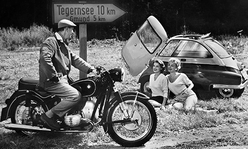 BMW_06_Motorrad_preview_fuer_Litho_180719-26