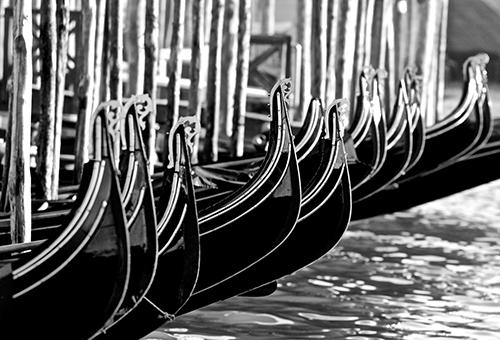 JohnMcDermott_Venice2019_Gondola bw