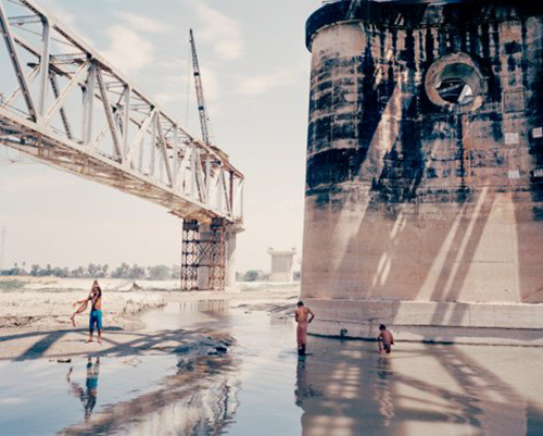 Loba image_manager__lobp_fixedheight-s_photographer-mustafah-abdulaziz-finalist-leica-oskar-barnack-award-2019-10