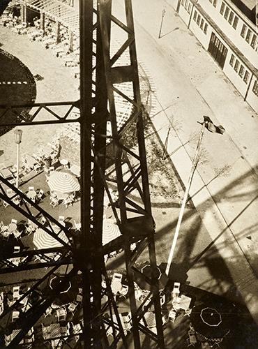 MFolkwang_Bauhaus am Folkwang_Moholy Nagy_Funkturm, Berlin_1928_300dpi_129_95