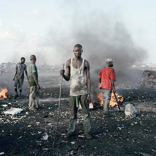 BKF_Presse_Pieter_Hugo_David_Akore_Agbogbloshie_Market_Accra_Ghana_2010