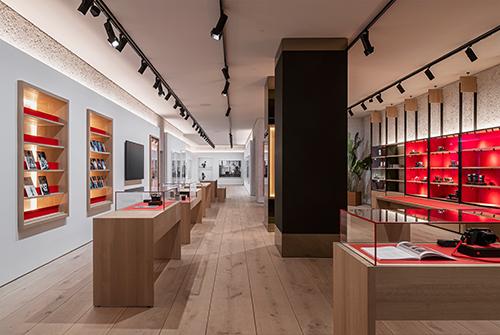 FP 1_Leica Store München_Design OHA & Holzrausch_© Oliver Jaist