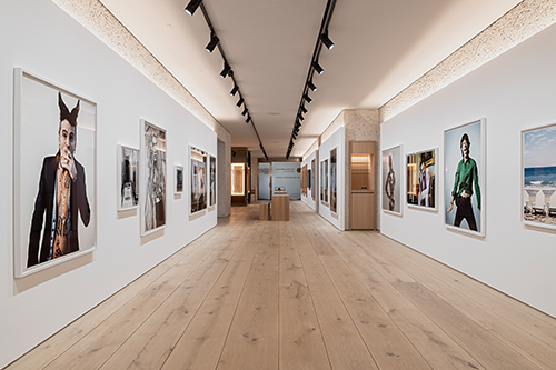 FP 6_Leica Galerie München_Design OHA & Holzrausch_© Oliver Jaist