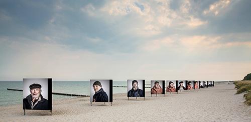 HZ20_Collage_Strandausstellung_Die_letzten_Ihrer_Art_©Fotografie_Zingst