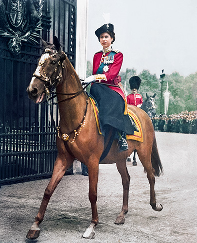 Lizzy fp079_073A_HER_MAJESTY_QUEEN_ELIZABETH_XL_02618