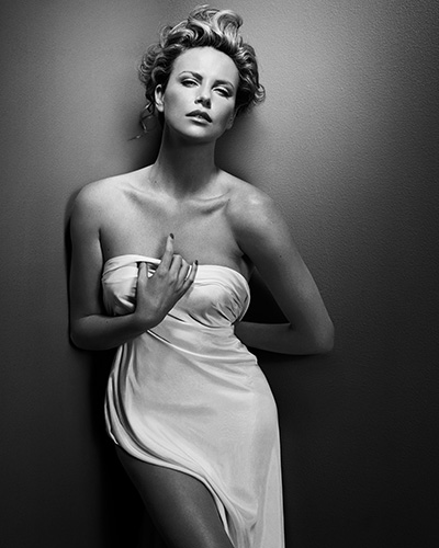 VINCENT PETERS Charlize_Theron