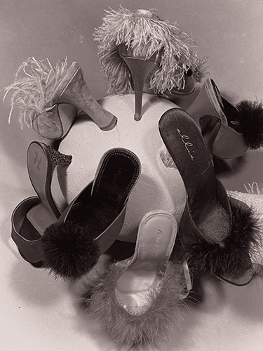 Wald Galerie Zink_Paul Kooiker_Untitled (shoes) 2020_114x86cm