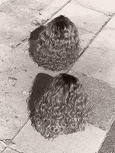 Wald Galerie Zink_Paul Kooiker_Untitled (wigs) 2020_114x86cm