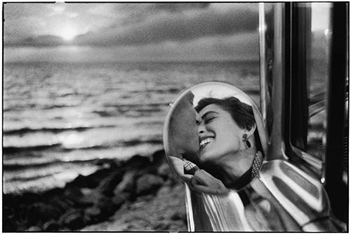 if Elliott_Erwitt-USA-Santa_Monica_California-1955