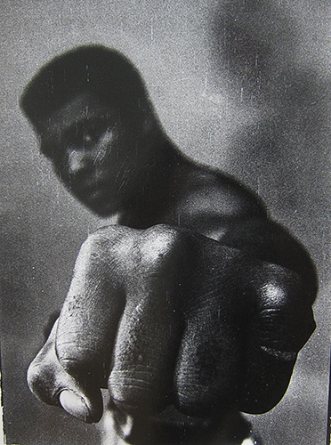 if Hoepker_Thomas-Ali-1966_Ed25-50x40cm
