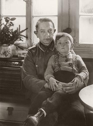 Gunther und Gerhard Sander, Kuchhausen, 1944, CT20-109_21cm