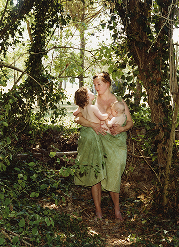 Deichtor KatharinaBosse_Wald_A-Portrait-of-the-Artist-as-a-Young-Mother2009_c_KatharinaBosse