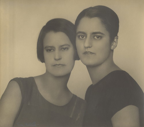 Kicken 28_tina-modotti_copyright-estate-of-the-artist-and-icp-courtesy-kicken-berlin-500x440