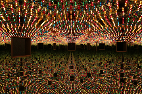 gb20_p_kusama_infinity_mirrored_room_love_forever_1966_94_72dpi_10