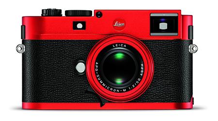 """watch 2cd56 aeef0 Nur in 100 Exemplaren erhältlich  Die Leica M (Typ 262) """"rot eloxiert""""."""