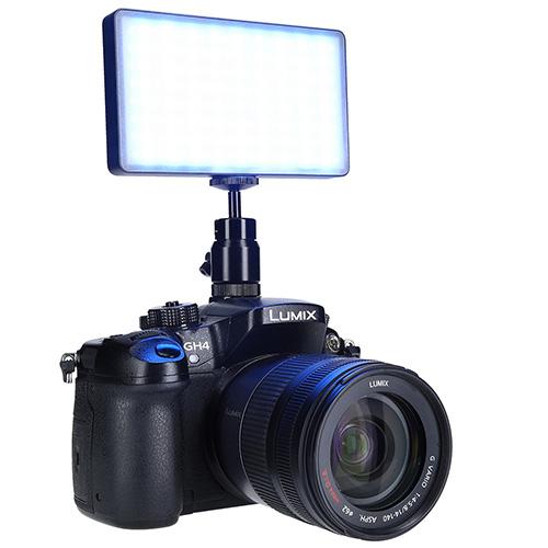 Rollei_Lumen Pocket RGB auf Kamera_Blau_S
